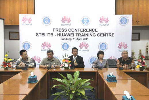 STEI ITB-Huawei Training Centre Inauguration 1